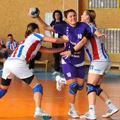 Unidentified handball players in action — Stock Photo