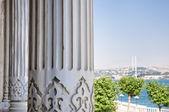 De Bosporus-brug van het paleis ciragan — Stockfoto