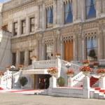 Ciragan Palace, Istanbul — Stock Photo #23658367