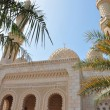 A traditional Arabian style mosque located in Jumeira, Dubai, UAE — Stock Photo