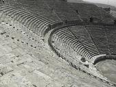 Ancient amphitheatre in Hierapolis, Pamukkale, Turkey — Stock Photo