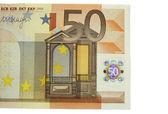 Uno de los billetes de cincuenta euros aislado sobre el fondo blanco — Foto de Stock