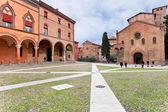 Piazza Santo Stefano and Seven Churches in autumn day in Bologna — Stock Photo