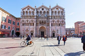Piazza Cattedrale and Ferrara Cathedral, Italy — Stock Photo