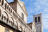 Detail of facade of Ferrara Cathedral from piazza Trento Trieste — Stock Photo