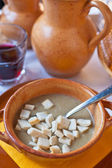 Ferrara soup with warm croutons — Stock Photo