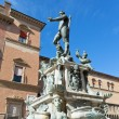 Fountain of Neptune on Piazza del Nettuno in Bologna in sunny da — Stock Photo