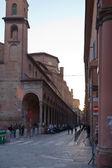 View on church San Giacomo Maggiore from Via Zamboni in Bologna — Stock Photo