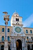 Column and clock tower of Palazzo del Capitanio in Padua, — Stock Photo