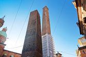 Dwie wieże - symbolem bolonii — Zdjęcie stockowe