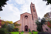 View of antique basilica San Giovanni Evangelista in Ravenna — Stock Photo