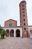 Basilica of Sant Apollinare Nuovo in Ravenna — Stock Photo
