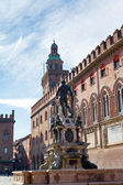 View on Fountain of Neptune and town hall in Bologna — Stock Photo