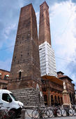 Square with The towers in Bologna — Stock Photo