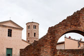 Houses, walls and towers in Ravenna — Stock Photo