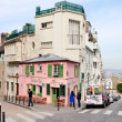 Pink House - historical bistro on Montmartre, Paris, — Stock Photo