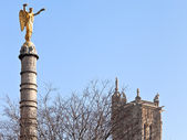 Victory Column at Place du Chatelet — Stock Photo