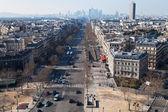 Above view of Avenue de la Grande Armee in Paris — Stock Photo