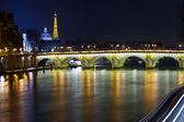 Pont neuf in paris bei nacht — Stockfoto