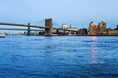 Brooklyn Bridge in New York at evening — Stock Photo