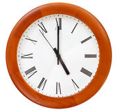 Five o clock on round clock — Stock Photo