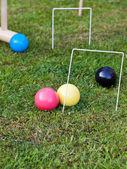 Partita di croquet sul prato verde — Foto Stock