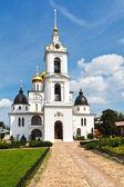Catedral de la dormición del kremlin dmitrov, rusia — Foto de Stock