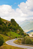 Georgian military road in valley of Aragvi river — Stock Photo