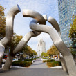Sculpture Berlin on Tauentzienstrasse in morning — Stockfoto