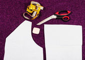 Tailor tools and pattern cutting of clothes — Stock Photo