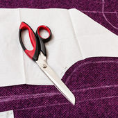 Tailor shear on paper pattern cutting form — Stock Photo