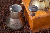 Retro ruční mlýnek na pečené fazole — Stock fotografie