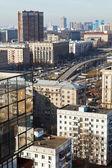 выше мнение городских путепровода в москве — Стоковое фото