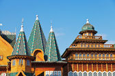 Decorated towers and roof of Great Wooden Palace — Stock Photo