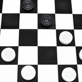 Playing position on draughts board — Stock Photo