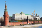 Kremlin wall, towers, palace, cathedrals in Moscow — Stock Photo