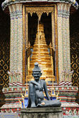 Entrance to Wat Phra Kaew in Bangkok — Stock Photo