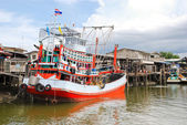 Ship on khlong of chao phraya river in bangkok — Stock Photo