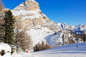 Skiing tracks and slope of Dolomites mountains — Stock Photo
