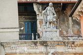 Scipione maffei på piazza dei signori i verona — Stockfoto