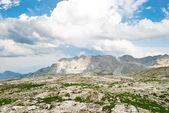 каменная долина в доломитовы горы — Стоковое фото