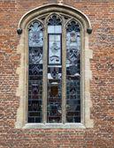 中世の教会の窓 — ストック写真
