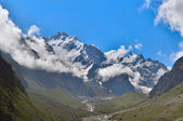 Mountain view in thw Caucasus mountains — Stock Photo