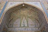 Colorful mosque ornament in Shiraz — Stock Photo