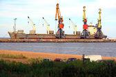 морской торговый порт. — Стоковое фото