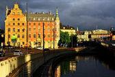 Stockholm, suède. toits de la ville soirée. — Foto Stock