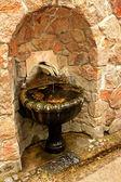 Stary fontanną z wodą pitną — Zdjęcie stockowe