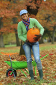 Autumn in the garden - harvest of pumpkins — Stock Photo