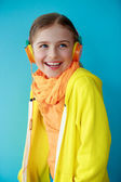 Young girl enjoying music — Foto Stock