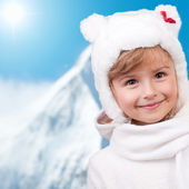 Winter fun, kid , snow - winter portrait of lovely little girl on winter holidays — Stock Photo